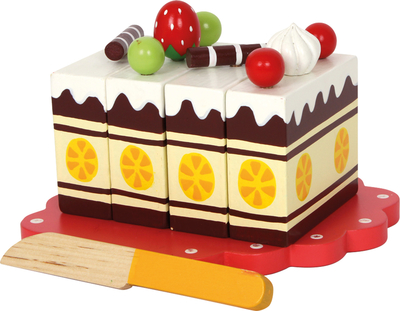 Birthday cake for four, wood