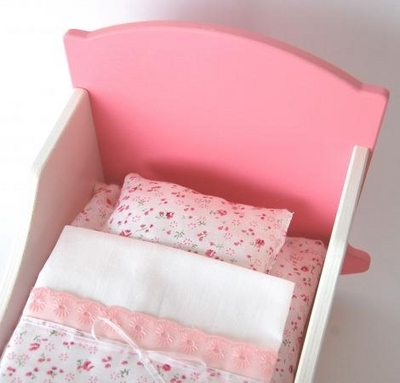 Doll Bed's textile package