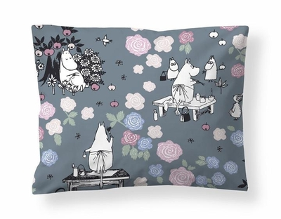 Finlayson Moominmamma daydreaming pillowcase