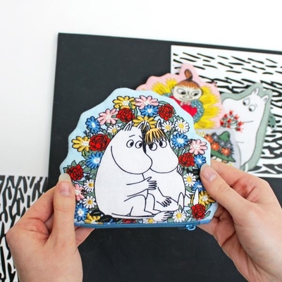 House of Disaster Moomin coin purse, Moomintroll and Snorkmaiden