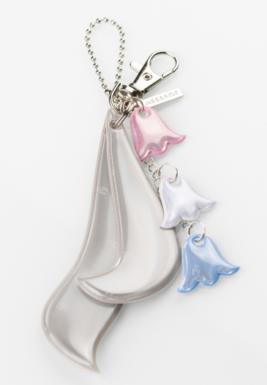 Lasessor decorative reflector / bag ornament, Lily of the Valley, light pink