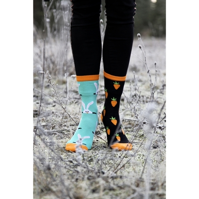 Mismatched socks for women, Bunny and carrots, one size 36-40