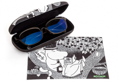 Moomin glasses case with a cleaning cloth, Moominpappa
