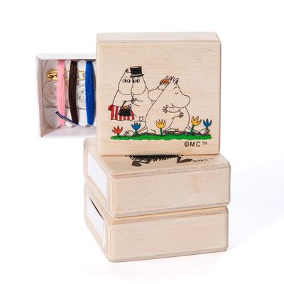 Moomin sewing kit Hugs