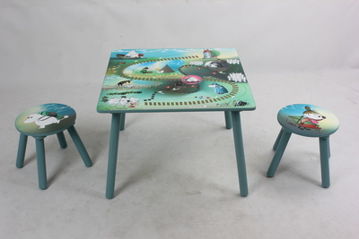 Moomin table and chair -set with gaming board