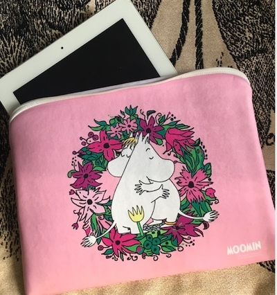Moomin tablet case / accessory pouch, Love