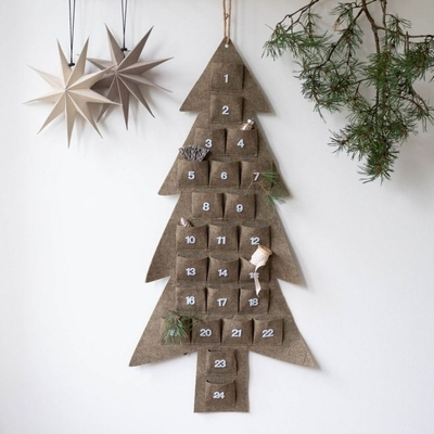Piironki felt Christmas calendar, brown
