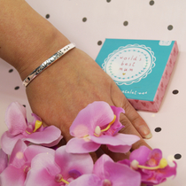 "Bracelet ""World's best Mum"" in a gift package"