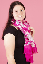 Lasessor Moomin Midsummer Day scarf, pink