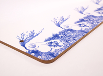 Moomin Tove Nordic cutting board, Snorkmaiden in the field