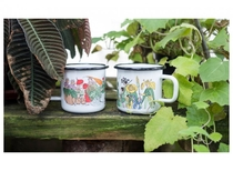 Muurla Elsa Beskow Vegetable people enamel mug, 3,7dl